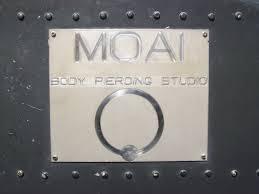 Moai Body Piercing - Jonathan 347.0661852 - Salita del Prione 2r - 16123 Genova