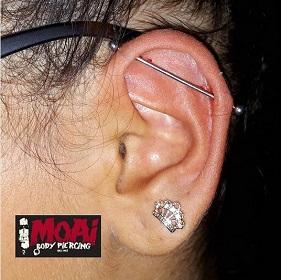 Industrial Piercing. Moai Body Piercing - Jonathan 347.0661852 - Salita del Prione 2r - 16123 Genova